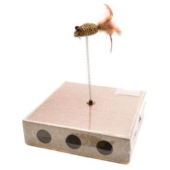 Уникална играчка с чесалка за котка