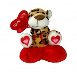 Плюшено леопардче върху сърце с възможност за закачане