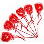 Червено сърце с декорация - рози от сатен, нежна дантела и послание
