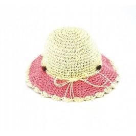 Красива плетена шапка с декорации
