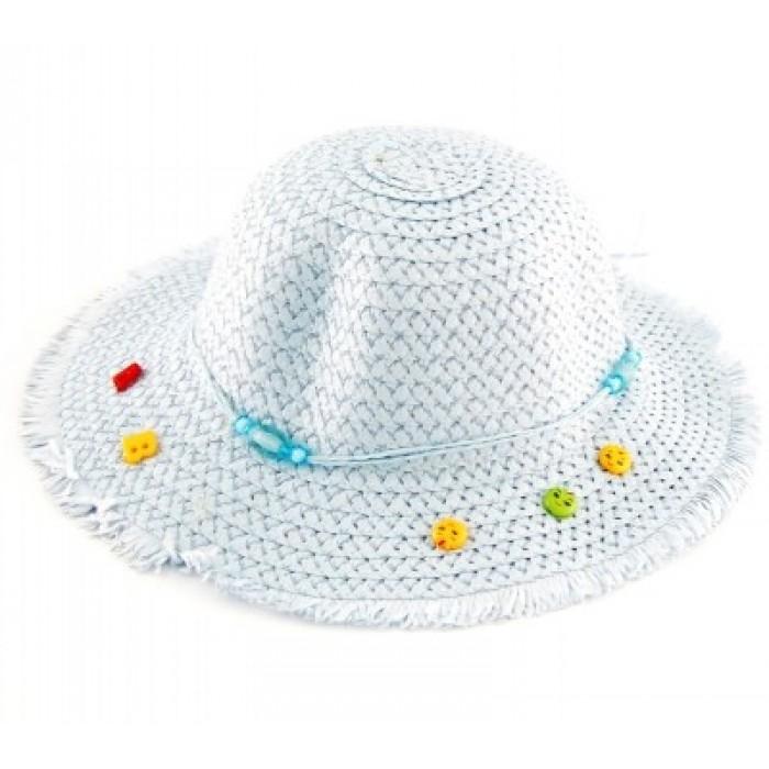 Лятна шапка, декорирана с цветя