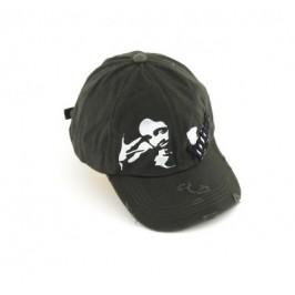 Младежка спортна шапка от плат с козирка и декоративна щампа