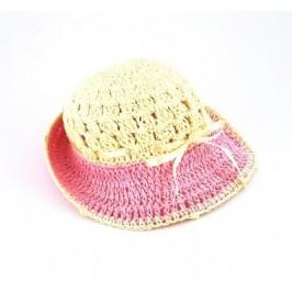 Красив плетена шапка