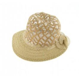 Красива дамска лятна шапка с декоративна рязана бродерия