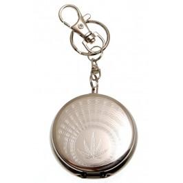 Сувенирен метален ключодържател - джобен пепелник с автоматичен капак и поставка за цигара