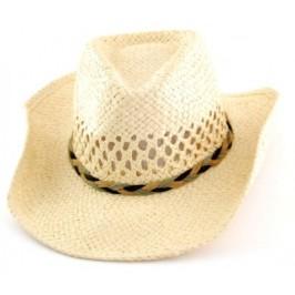 Лятна дамска плетена шапка с декоративен кант