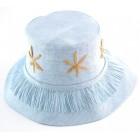 Красива дамска плетена шапка с бродерия цвете