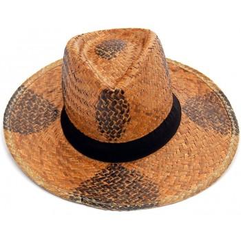 Плетена лятна шапка с щампа и кант