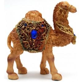 Декоративна фигура - камила с релефно седло, инкрустирана с цветни камъни