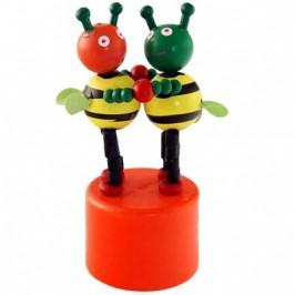 Сувенирна дървена фигурка - пчелички с поставка - 8см