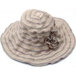 Красива дамска плетена шапка с периферия