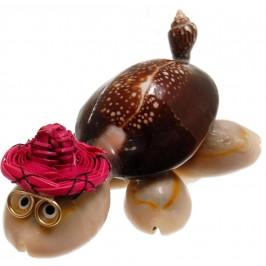 Декоративна фигурка - костенурка - изцяло направена от миди и рапанчета