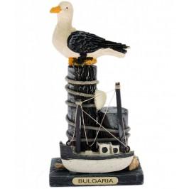 Сувенирна дървена фигурка - корабче с чайка - 13см