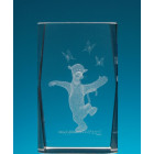 Безцветен стъклен куб с триизмерно гравиран Тигър и паперуди