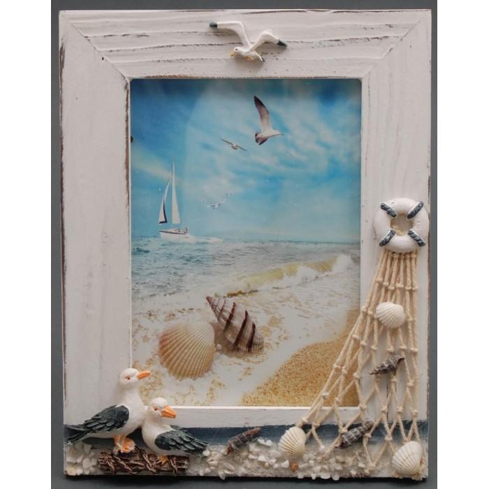 Декоративна дървена рамка за снимки красиво декорирана с морски елементи