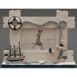 Декоративна дървена рамка за снимки, красиво декорирана с морски елементи