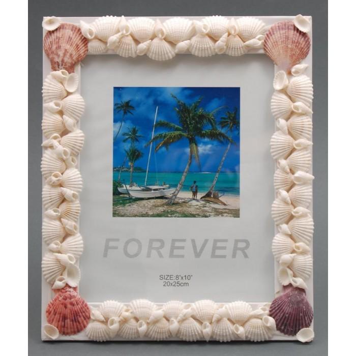 Декоративна дървена рамка за снимки декорирана с миди и рапани