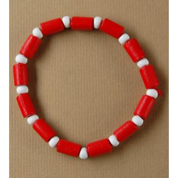 Мартеница ластична гривна с дървени орнаменти - елипси и сфери в бяло и червено