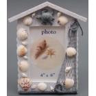 Декоративна дървена рамка за снимки във формата на къщичка, декорирана с миди, рапани и декоративна фигурка
