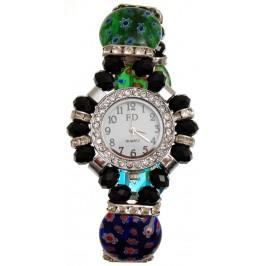 Елегантен часовник с верижка на ластична основа, декориран с цветни камъни