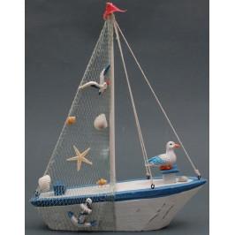 Сувенирна дървена фигурка - рибарска лодка декорирана с морски рапани и чайки