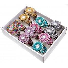 Дамски ръчен часовник с елегантен дизайн - цвете, декориран с цветни камъни