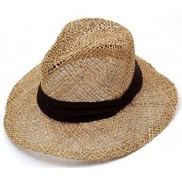 Плетена сламена шапка, декорирана с текстилен кант