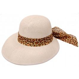 Лятна дамска плетена шапка с периферия - бяла