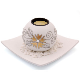 Красив сферичен свещник с поставка чиния, свещ и декоративни камъчета