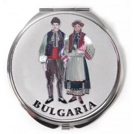 Сувенирно джобно огледало метал, декорирано с лазерни инкрустации - Капитанска среща - Несебър и мъж и жена в народни носии