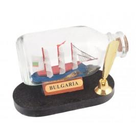 Сувенирен кораб - макет в стъклена бутилка на декоративен постамент и поставка за химикал