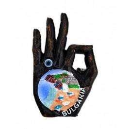 Декоративна фигурка с магнит във формата на ръка - България