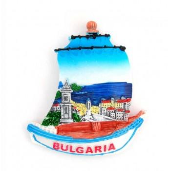 Декоративна фигурка с магнит във формата на корабче - България
