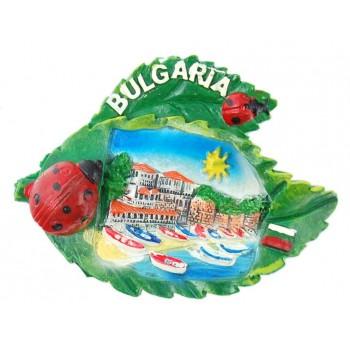 Декоративна релефна фигурка с магнит във формата на листа с калинки - капитанска среща в Несебър, България