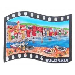 Магнитна релефна фигурка във формата на кино лента с морски мотиви - лодки и къщички, България