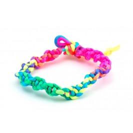 Цветна плетена гривна