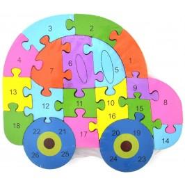 Дървен пъзел, състоящ се от 26 части с латински букви и цифри на гърба - автомобил