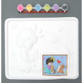 Комплект за оцветяване, който включва: 6 броя темперни боички, картинка, четка за рисуване и релефна картина