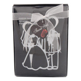 Комплект за вино, състоящ се от тапа и кръстат тирбушон с дръжки във формата на сърце
