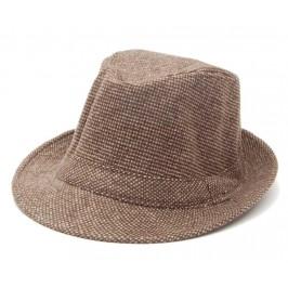 Красива зимна шапка с периферия - бомбе