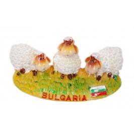 Магнитна релефна фигурка - овце на поляна с надпис България