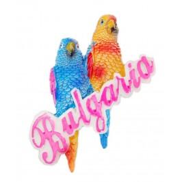 Магнитна фигурка във формата на два папагала върху надпис - България