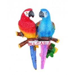 Сувенирна магнитна фигурка - два папагала върху клон