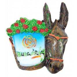 Сувенирна магнитна фигурка - магаре с кош пълен с цветя