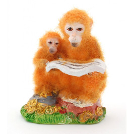 Сувенирна фигурка - маймунки с книга