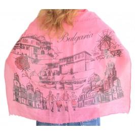 Красив дамски шал в розов цвят, рисуван със забележителности от Варна, Несебър, Балчик и София