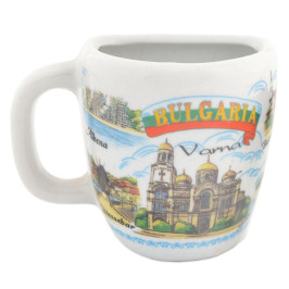 Сувенирна чаша с магнит, декорирана със забележителности от Албена, Балчик, Варна и Несебър