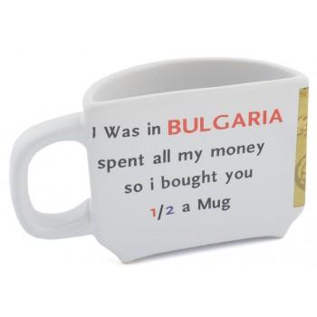 Сувенирна керамична чаша, декорирана със забележителности от Българското черноморие и забавен надпис