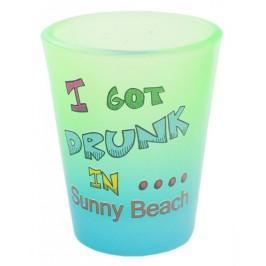 Сувенирна чаша за шот, декорирана със забавно послание - I got drunk in