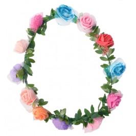 Красив венец от изкуствени рози, декорирани с брокат и нежен тюл